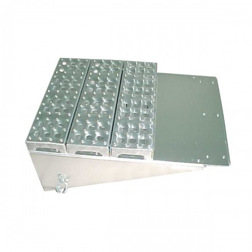 "Aluminum Cover Battery Box 15 1/2"" X 8 1/2"" X 24"""", Freightliner 120 Application, with step"